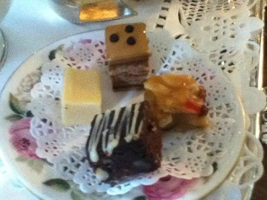 Sharrow Bay: tiny, hand baked beautiful cakes