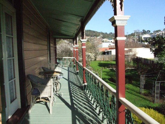 Quality Inn Heritage Edenholme Grange: Varandah off the second floor
