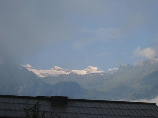 Das Alpenhaus Kaprun: View from hotel on leaving day with better weather!
