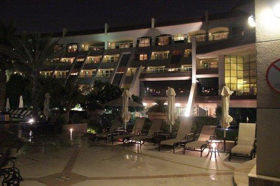 Al Raha Beach Hotel: Backsite of the Hotel