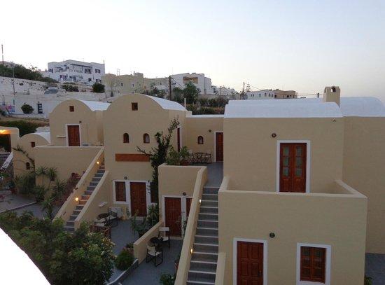 Ersi Villas : Building