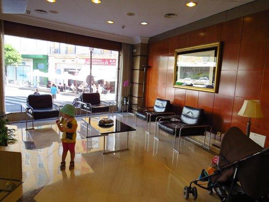 Hotel Derby Sevilla: Lobby