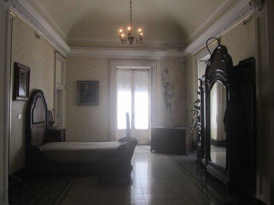 Casa Museo Giovanni Verga : camera da letto di Verga