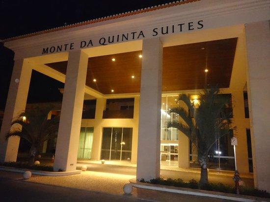 Monte da Quinta Resort : front of the hotel
