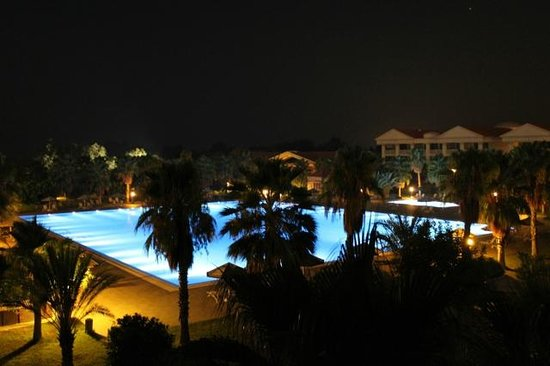 The Kumul: Hotel Garden by Night