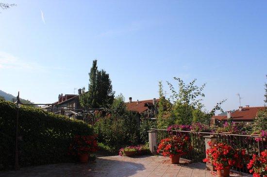 Agriturismo NonnoTobia: Panorama dal terrazzo comune