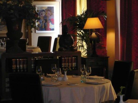 Apartahotel Villa de Parla: restaurant