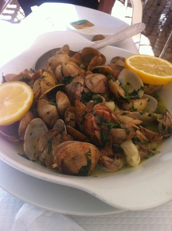 Restaurante O Lourenço: clams