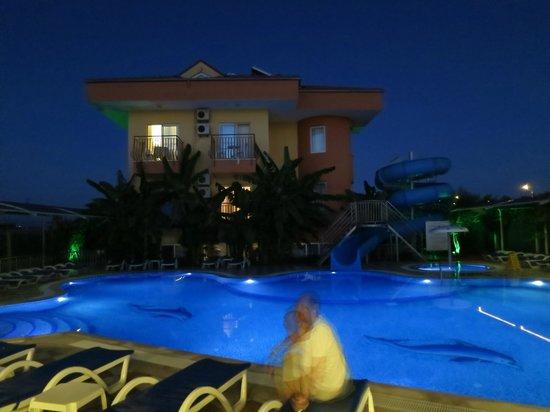 Yavuzhan Hotel: Side
