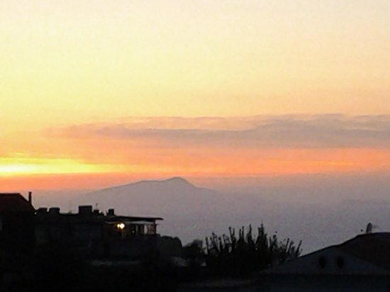 Il Nido Hotel Sorrento : Sunset at Dinner