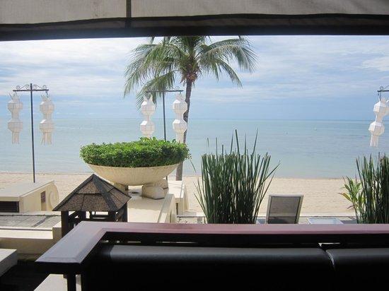Pavilion Samui Villas & Resort : Vue de l'intérieur du restaurant