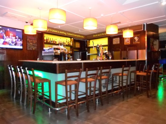 Downtown Hotel : Lucky Jacks bar