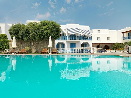 Polos Hotel: Swimming Pool