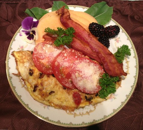 Mansion District Inn Bed & Breakfast: Chef Jovanna's Farm-to-Table Gourmet Dining draws rave reviews.
