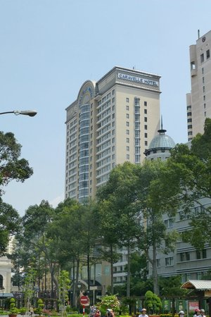 Caravelle Saigon: The hotel from the nearby square