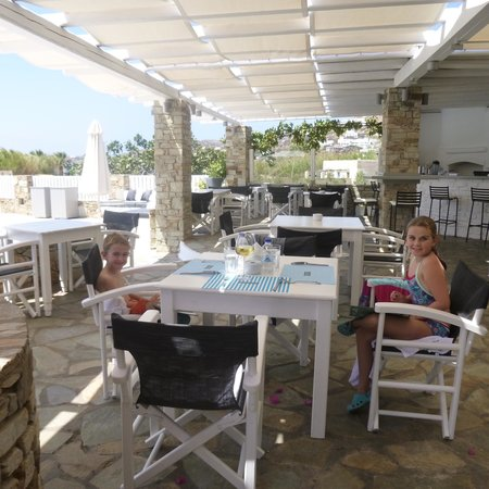 Dionysos Seaside Resort: The lovely restaurant area