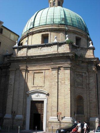 Chiesa Santissimi Pellegrino e Teresa