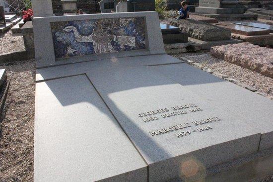 Eglise Saint Valery: Tomb of Georges Braque