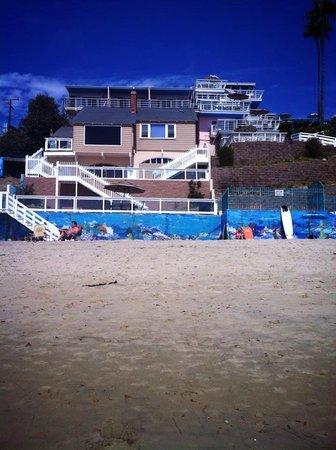 Laguna Riviera Beach Resort: Laguna Riviera from the beach