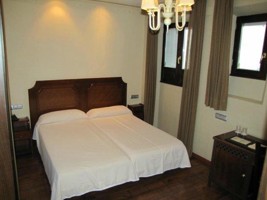 Hotel Posada Del Toro: Dos camas