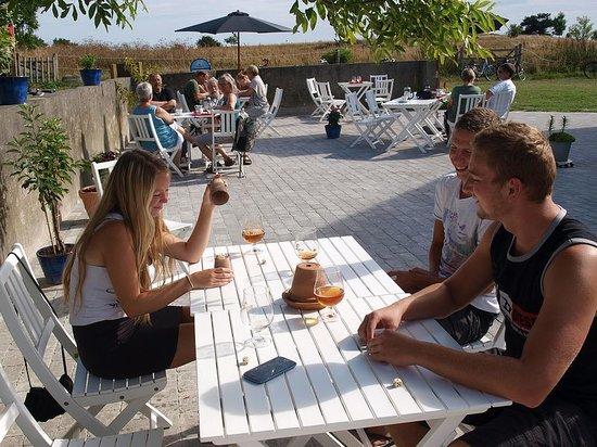 Cafe Slusegaard: Udendørs