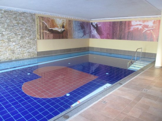 Alpen-Herz: piscina interna