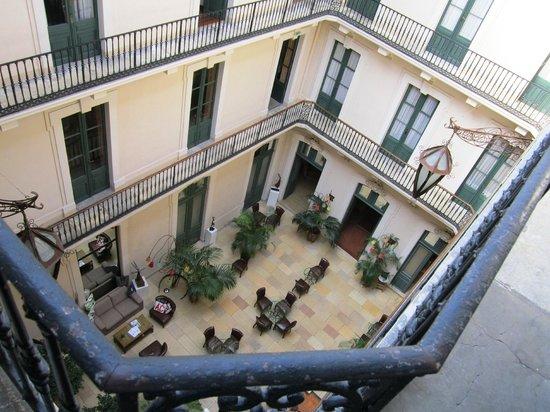 il patio centrale picture of le grand hotel sete tripadvisor. Black Bedroom Furniture Sets. Home Design Ideas