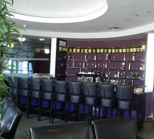Madison Hotel Nahariya: Bar