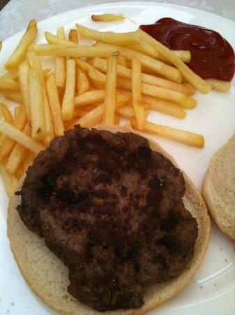 Mar Dolomit: hamburger e patatine fritte