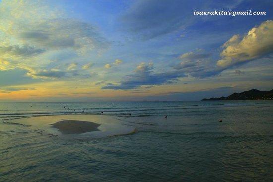 Chaweng Buri Resort: Chaveng beach