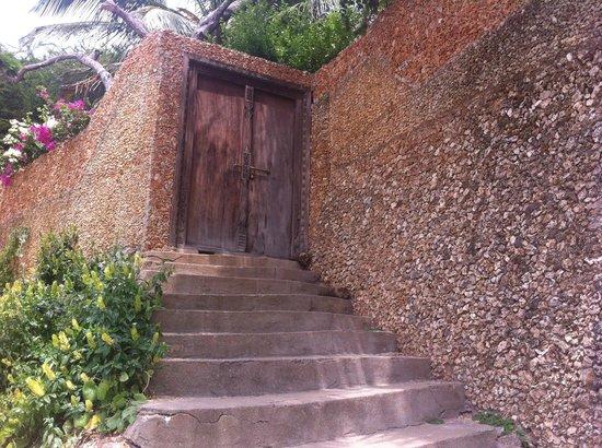 Peponi Hotel: Doors of Lamu are unique