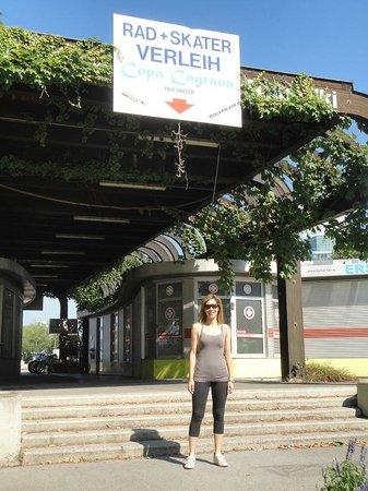 Donauinsel: Copa Cagrana - noleggio biciclette