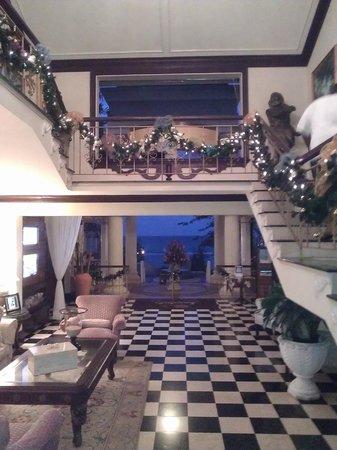 Sandals Royal Plantation: entrance of hotel