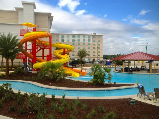 Kinder, LA: Summer fun at the new Dream Pool.