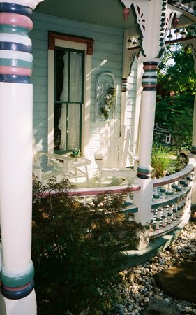The Pearl Tatman House: Front porch of the historic Pearl Tatman House.