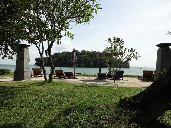 Nakamanda Resort & Spa : plage à marée haute