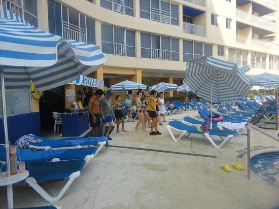 Ritz Acapulco : alberca
