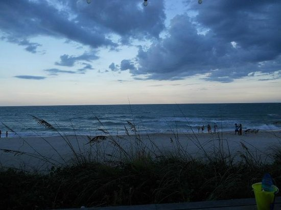 Crowne Plaza Melbourne Oceanfront: View from the deck