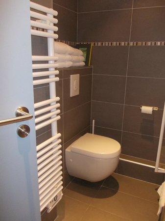 Le Kleber Hotel : bagno