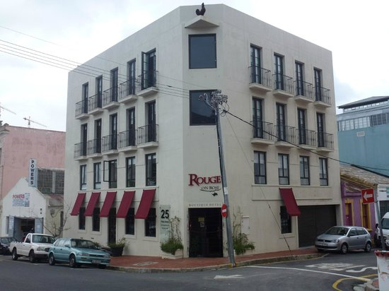 Rouge on Rose : Fachada hotel