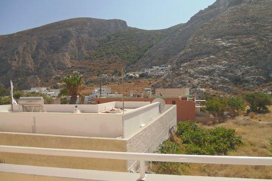 "Adonis Hotel: la bellissima ""vista montagna"" -.-''"