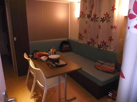 Domaine des Naiades: Inside mobile home