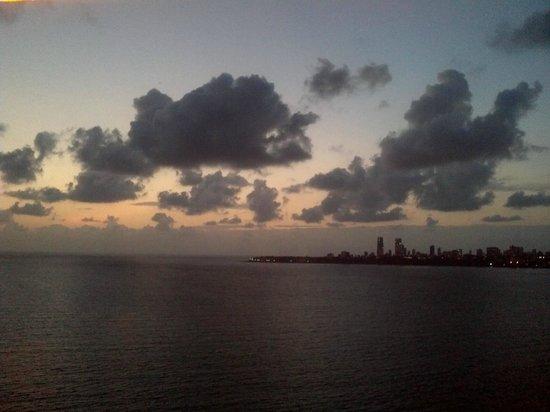 Trident, Nariman Point: View of the Arabian sea from the room after the sun-set