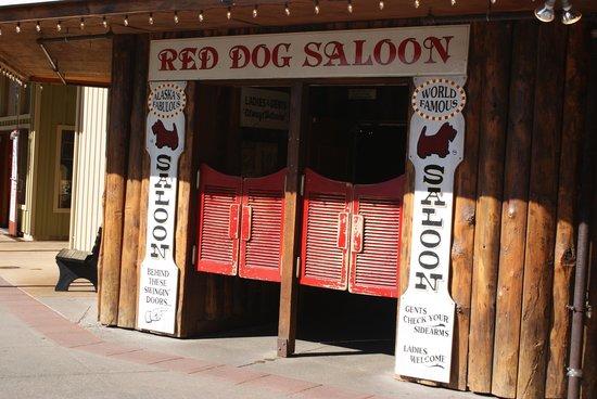 Red Dog Saloon: Saloon Doors
