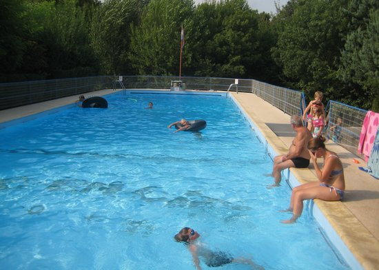 Camping Arc en Ciel : The pool at Camping Arc-en-Ciel