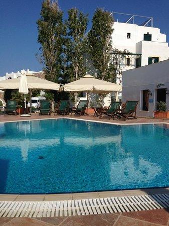 Hotel Spiros: Pool