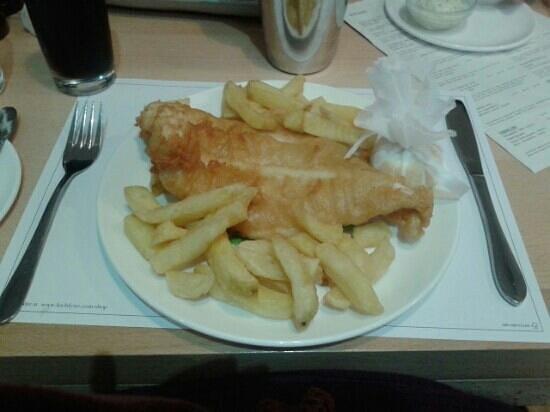 Cairndow Oyster Bar & Restaurant: Fish n Chips