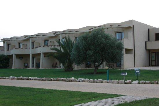 VOI Arenella resort: Uno scorcio delle unità abitative.