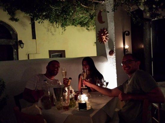 Candouni Restaurant: Special moments/Momentos especiais