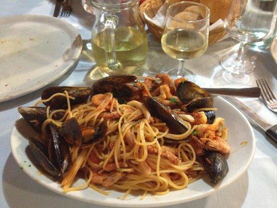 Ristorante Del Porticciolo: Spaghetti allo scoglio